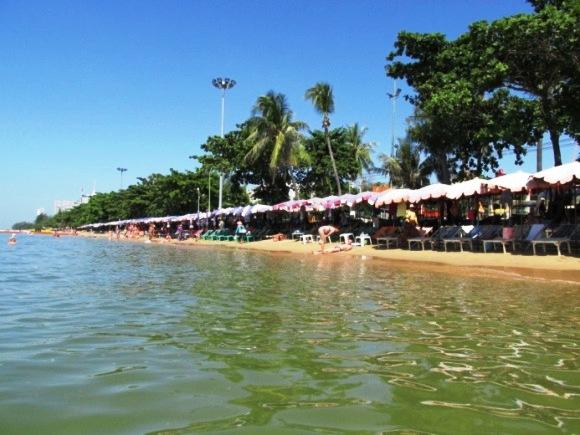 Городской пляж в Паттайя